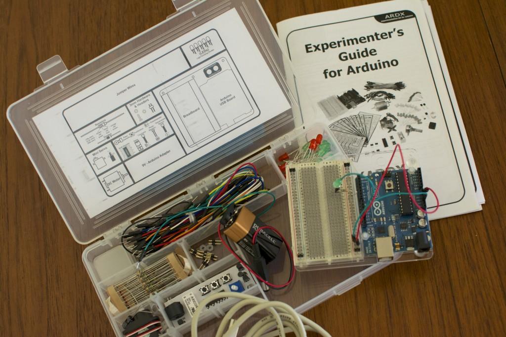 Oomlout ARDX Arduino experimenter's kit